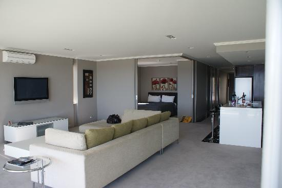 Sacred Waters Taupo Luxury Apartments : The unit