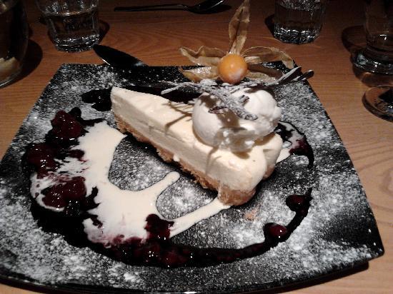 Kilmartin Museum Cafe: Lemon cheesecake