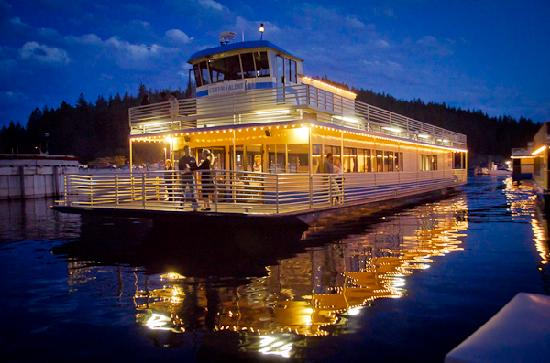 Hampton Inn & Suites Coeur d'Alene: Evening Cruise Boat