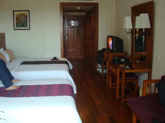 Angkor Miracle Resort & Spa: The room