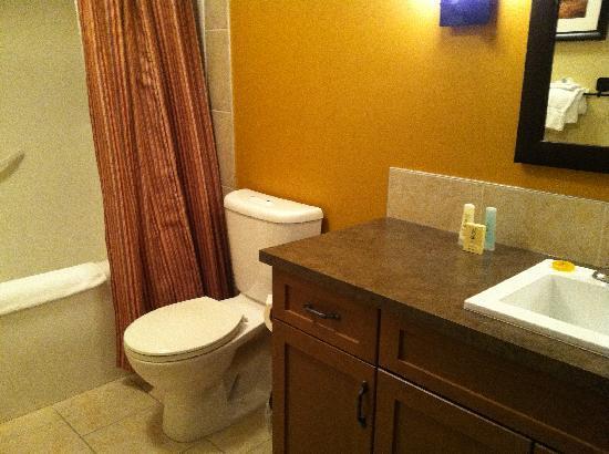 Copperstone Resort by CLIQUE: Bathroom