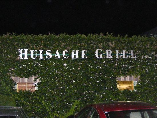 Huisache Grill and Wine Bar: Sign