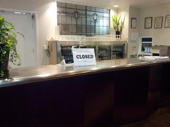 Econo Lodge City Central: all ways closed