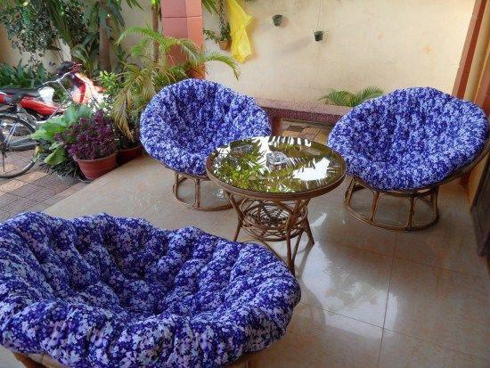 Siem Reap Holiday Garden Villa: Terrace Seating