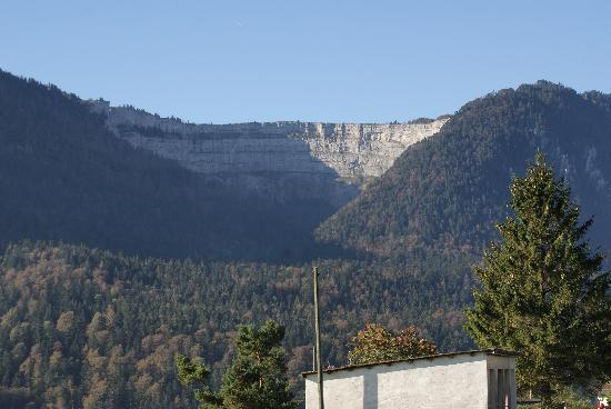 Creux du Van: View up the valley