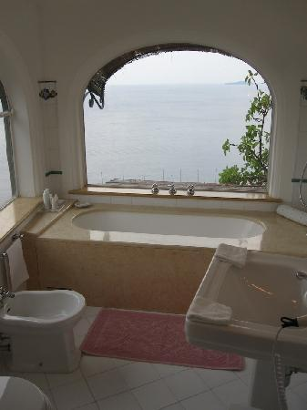 Il San Pietro di Positano: Bathroom 1 in Room 33