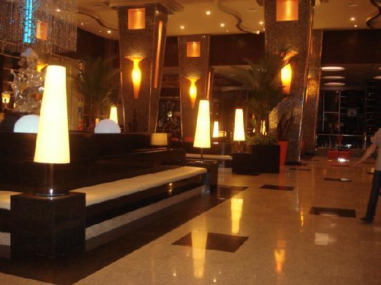 Hotel Riu Plaza Panama: lobby