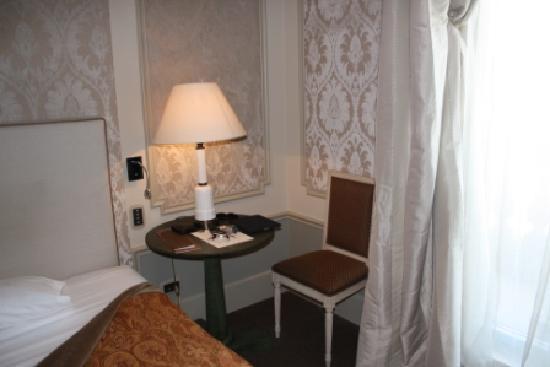 El Palace Hotel: room 2