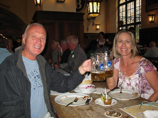 Hofbrauhaus: We cleaned our plates!