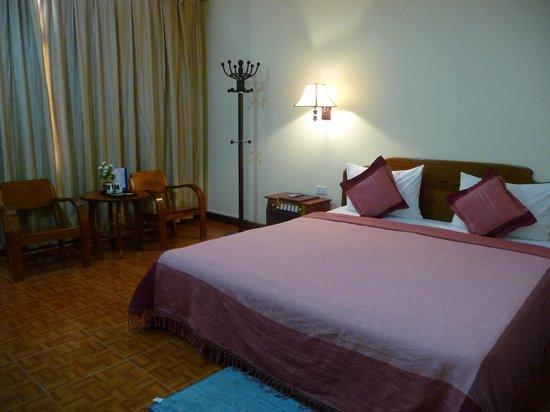 Dokchampa Hotel : Double Room