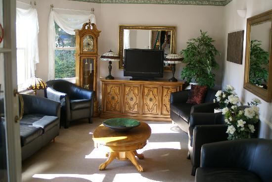Somerton Lodge Hotel : Lounge