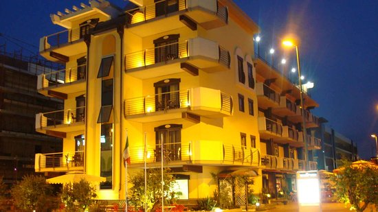 Rama Palace Hotel: esterno