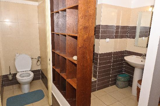 La Residence Camelia : Das Badezimmer