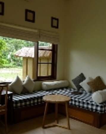 Ubud Lestari Bungalows: suite room LOTUS