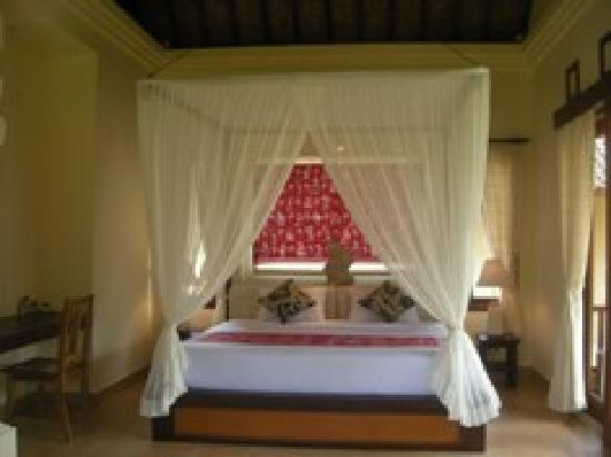 Ubud Lestari Bungalows: suite room MELATI