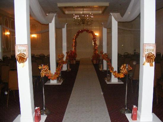 Seaport Inn and Marina: banquet room wedding