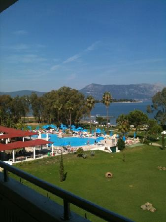 Family Life Kerkyra Golf: room with a view!