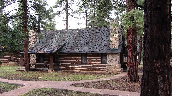 The Lodge at Bryce Canyon: Our cabin in the woods