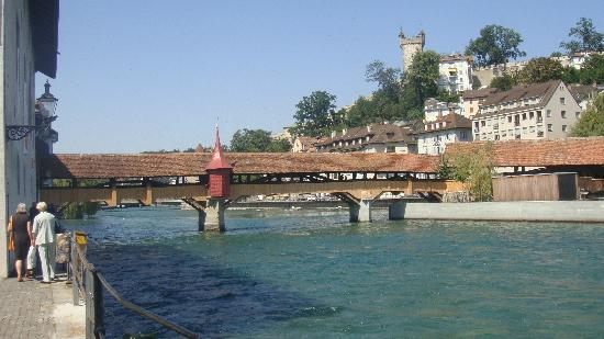 สะพานชาเปล: Puente del Molino