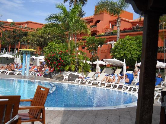 Colon Guanahani - Adrian Hoteles : vue de la piscine