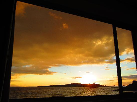 Titilaka: Sunrise from the Room