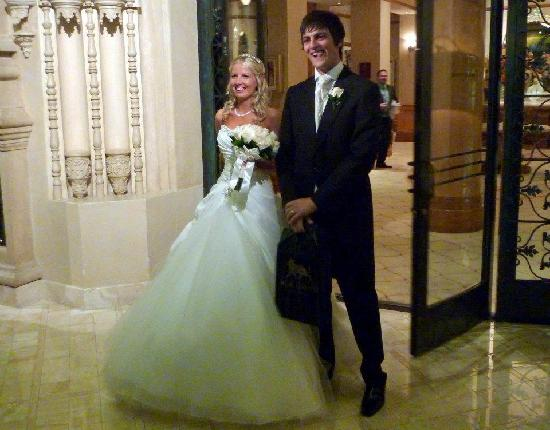 Leaving The Forever Grand Wedding Chapel