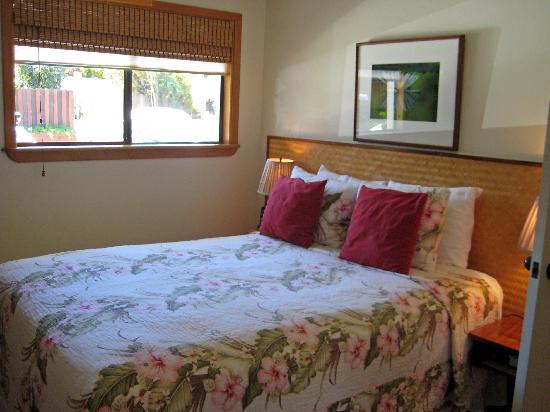 The Inn at Mama's Fish House: Manini bedroom