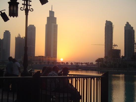เดอะโคพโรทาน่ารีสอร์ท รอส อัลคอยมาห์: sunset