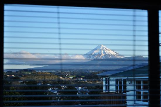 16 Havelock: View from the Lounge of Mount Taranaki