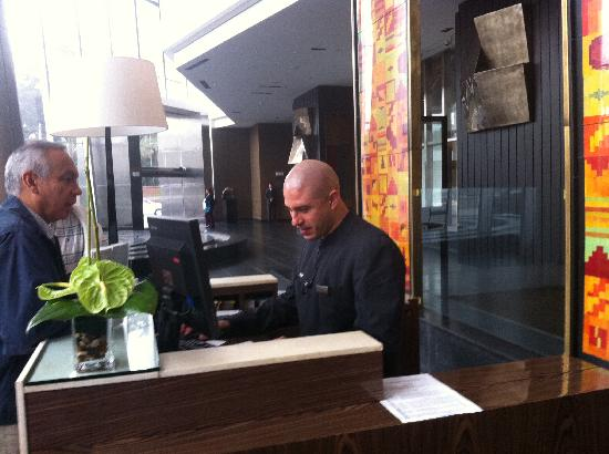 The Westin Lima Hotel & Convention Center: Bellman desk.  Great team.