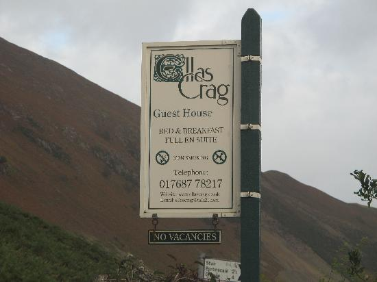 Ellas Crag Guest House : Signage from road