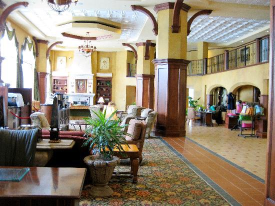 Hammock Beach Resort: part of the lobby