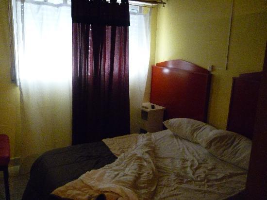 Montevideo 48 Apart: dormitorio