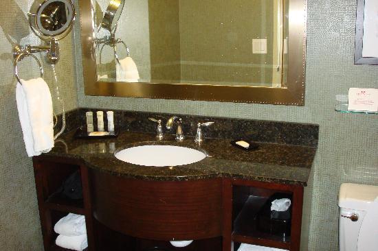Crowne Plaza Billings: Bathroom