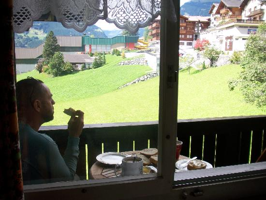 Lehmann`s Herberge: View from kitchen to the balcony