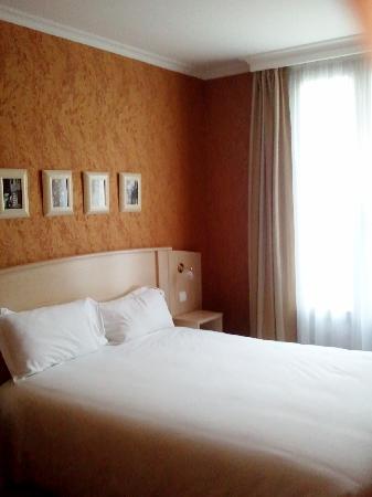 Hotel Elysees Opera: chambre 503