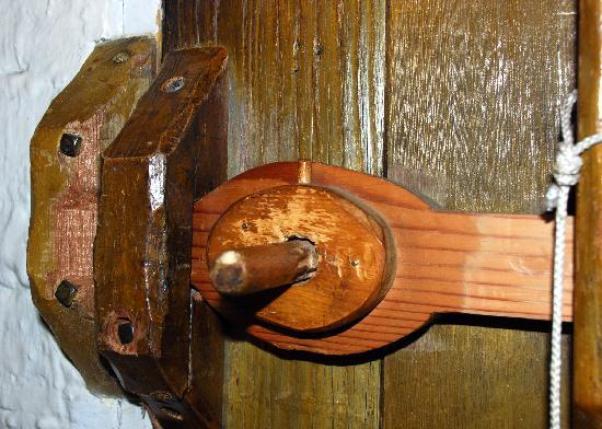 Ranchito Motel: Check out this cool door handle!
