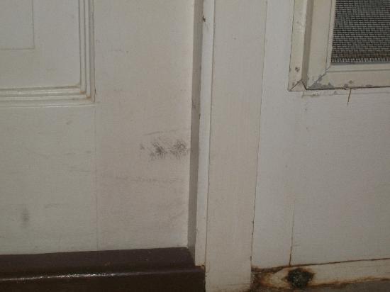 Villa Madeleine Resort Condominium: Inside the front door