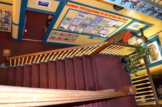 USA Hostels San Diego: Les escaliers, le seul gros soucis quand on a une énorme valise!!!