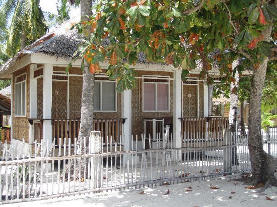 Dano Beach Resort: Beach-front cottage