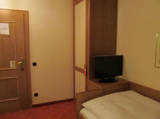 Hotel am Schlosspark Zum Kurfurst: Pic 3