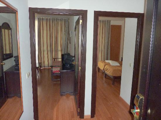 Estrella Coral de Mar Resort Wellness & Spa: Room (entrance)