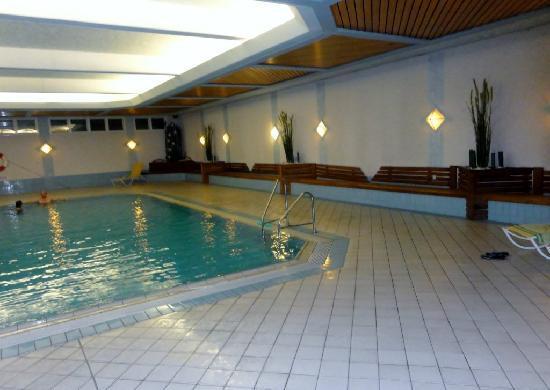 Hilton n rnberg bewertungen fotos preisvergleich - Mobelhauser nurnberg und umgebung ...