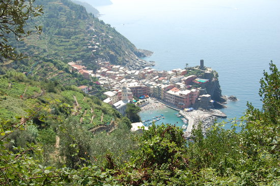 Cinque Terre, Italy: the first glimpse of vernazza on the trail from monterosso al mare