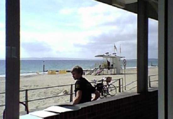 Bistro on the Beach: view of the beach