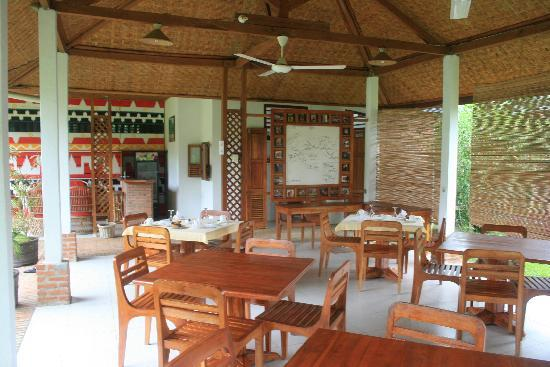 Dining area, Satwa Elephant Eco Lodge