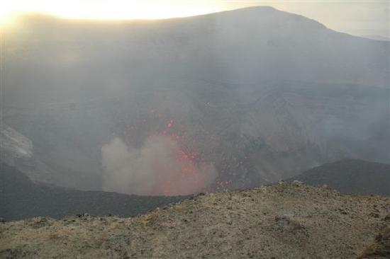 Mount Yasur: ...am Krater angekommen....