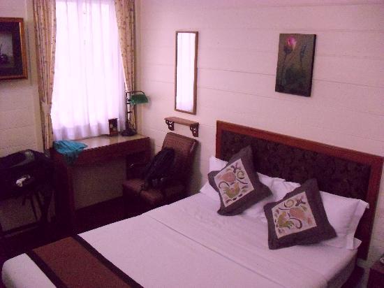 Baan Dinso Hostel: Room 102