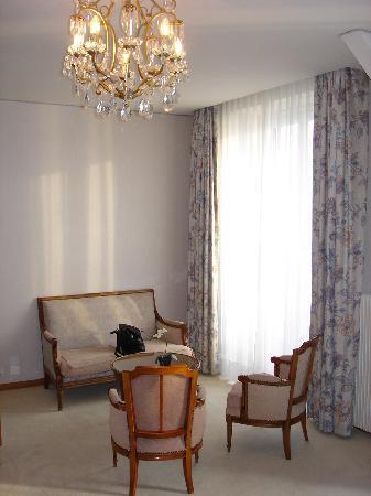 Eden Palace au Lac: Sitzecke im Zimmer