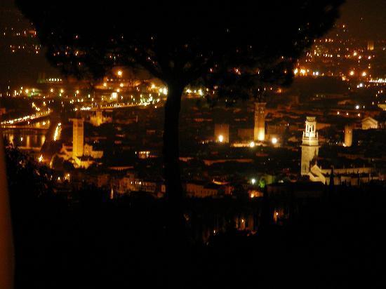 Corte San Mattia - Agriturismo Verona: Vista notturna